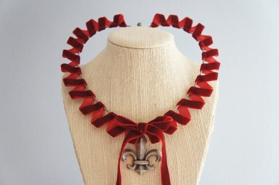 Red Queen Necklace - Fleur De Lis Choker - Gun Metal Jewelry - Red Choker - Queen Of Hearts - Snow Queen - The Red Queen