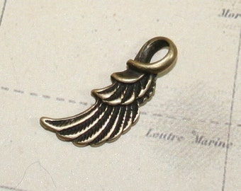 23x8mm antiqued bronze steampunk wing charm - set of 5