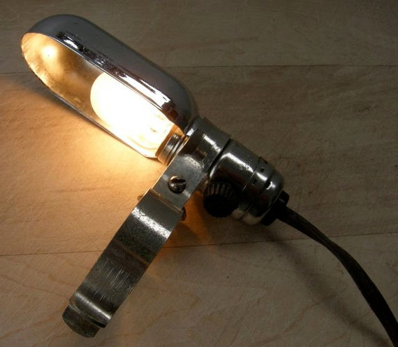 VINTAGE CLAMP LIGHT for Close Work or Sewing Chrome Shade and Clamp Long Cord