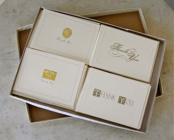 18 Lovely Vintage THANK YOU NOTES and Envelopes. Original Box