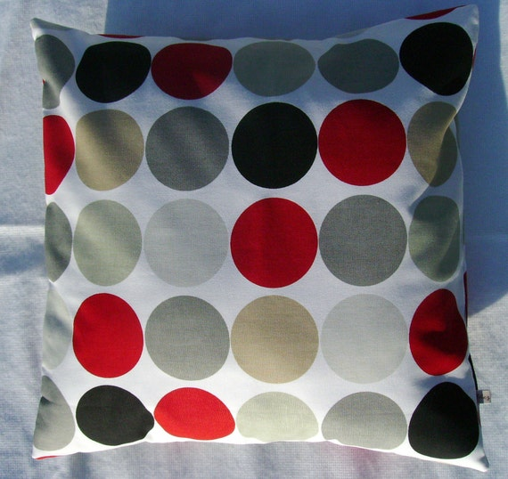 Sale pillow cover, spotty pillow cover, dotty pillow cover, 18 inch pillow, decorative pillow, modern pillow, minimalist pillow