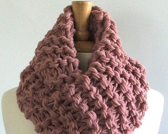 Chunky Knit Dusty Rose Long Infinity Cowl Scarf