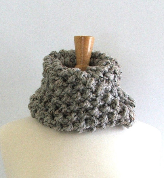Chunky Knit Marbled Silver Gray Twisted Infinity Cowl Scarf