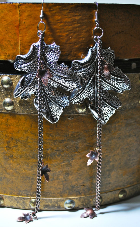 Game Of Thrones / The Weirwood Earrings / A Piece Of A Heart Tree / With Sterling Silver Hooks / Song Of Ice And Fire