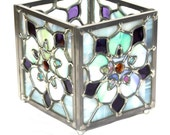 Stained Glass Candle Holder: Stylized Columbine