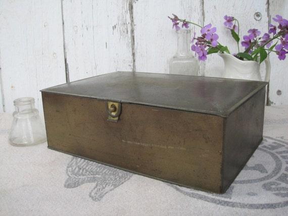Metal Box Humidor Cigar Tin Deco