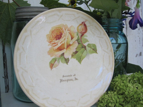 Antique Plate Souvenir Shabby Cottage Chic Primitive Yellow Peach Rose Hampton Crown Pottery CPCo French Spelling