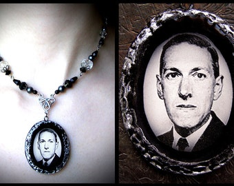 H.P. Lovecraft, horror collection, black white glass faux pearls, polymer clay pendant, goth, steampunk, vintage, dark, macabre, author