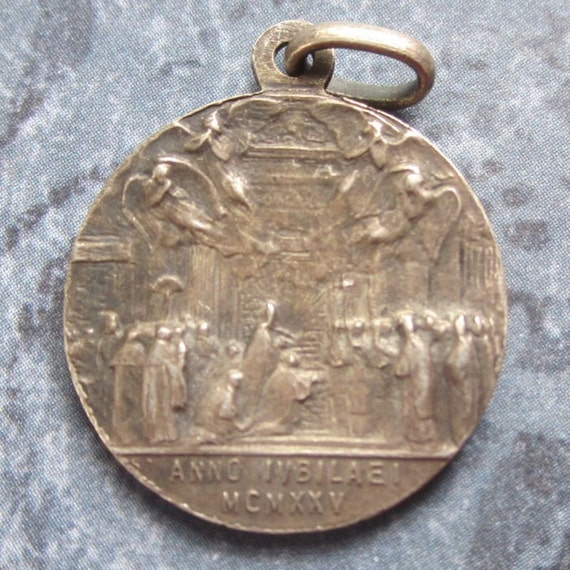 """Holy Door & Angels 1925 Jubilee Antique Religious Medal on 18"""" sterling silver rolo chain"""