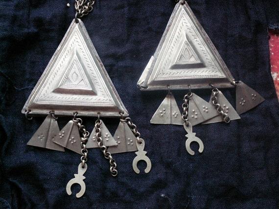 Pair of Tuareg Headdecoration Triangle for women