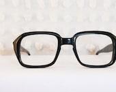 60s Glasses Mod Black 1960's Horn Rim Eyeglasses Rectangular Keyhole Bridge Thick Zyl 48/22 Optical Frame