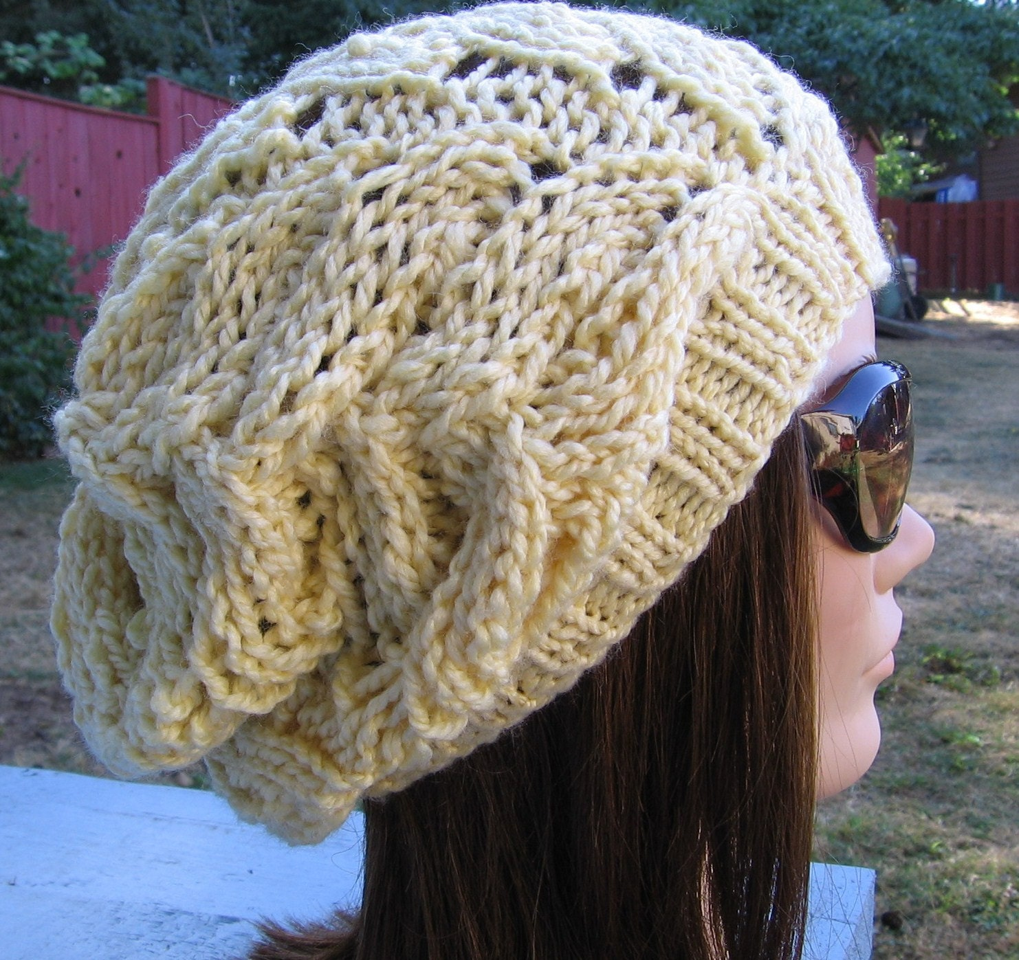Slouchy Toque Knitting Pattern : PDF Knitting Pattern Knit Slouchy Hat / Strascicato