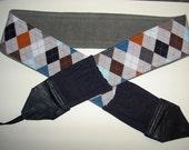 COOL GUY ARGYLE , 2 expandable pockets , grey multi-color argyle,gray corduroy back with black suedecloth pockets
