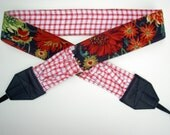 """NEW """" Fresh Country Garden """" camera strap, reversible, 2 expandable pockets with stretchable elastic"""
