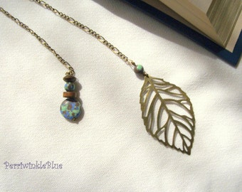 Bookmark Chain, Peaceful World with Leaf in Bronze