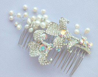 Daffodil Pearls - Freshwater Pearl and Vintage Rhinestone hair comb