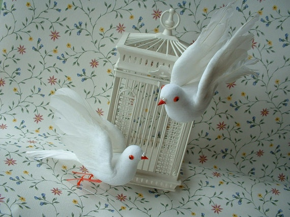"""White Crafting Birds, Doves, Vintage, 5 1/5 Inches Tall - Lot of 2  - I, also, have 2 in a Smaller 4"""" Size"""