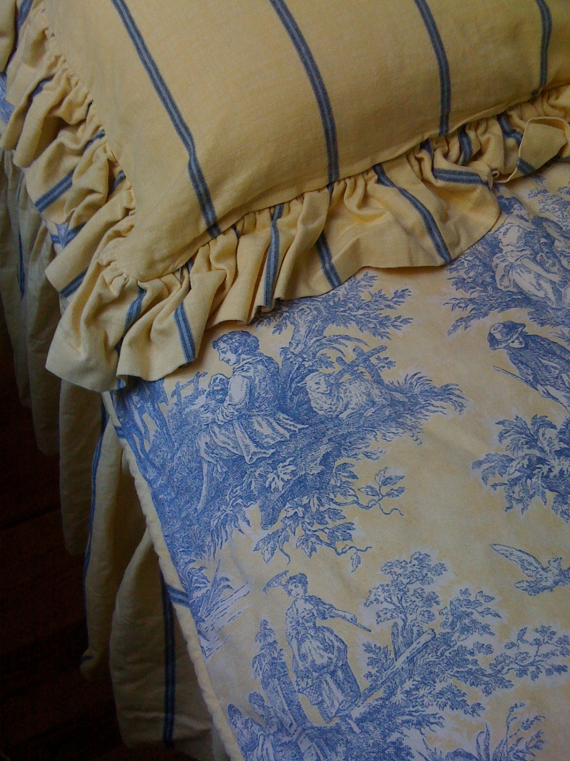 Toile Bedding Duvet Cover Pillow Sham And Dust By