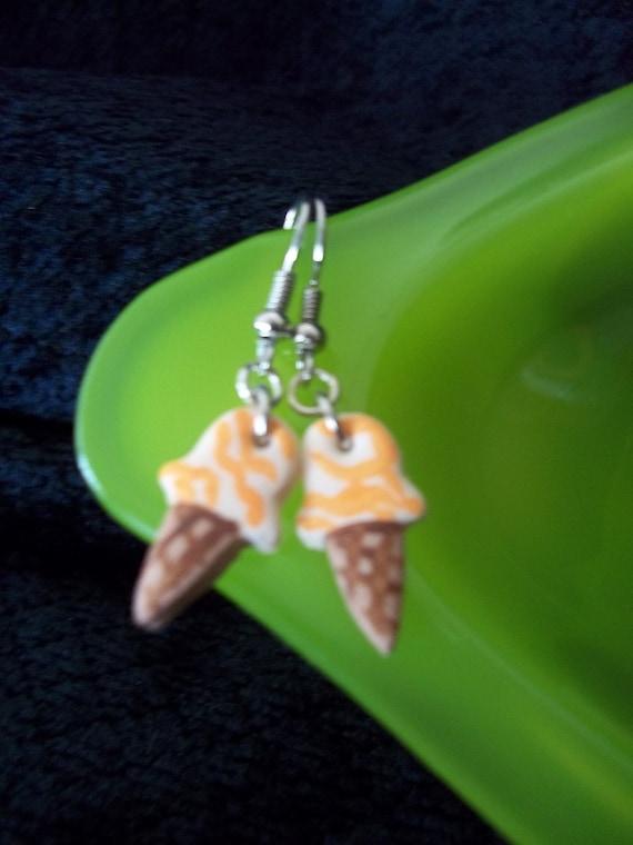 foodie earrings, Orange dream ice cream cone, polymer clay