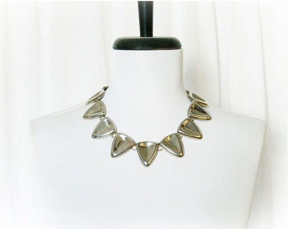 Vintage 60s Necklace Mod Tribal Silver Triangle