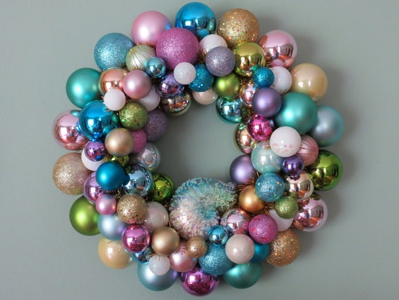 SALE take 10% off NAUTILUS SHELL Summer Ornament Wreath