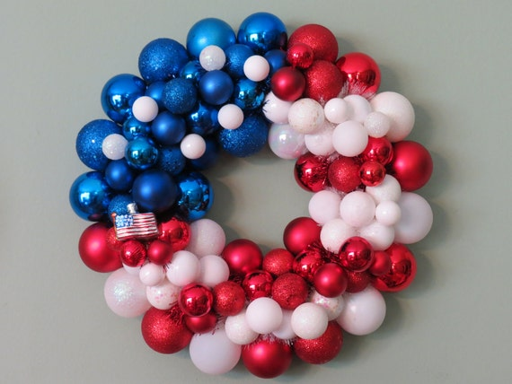USA FLAG PATRIOTIC Ornament Wreath with Flag Ornament