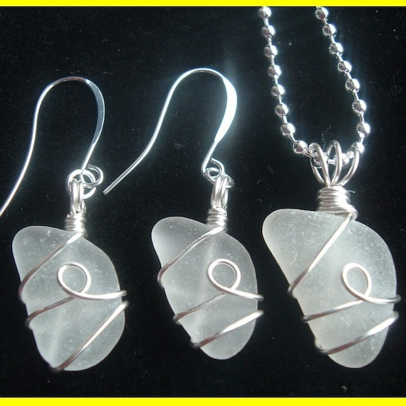 Sale - Seaglass Earring and Pendant Set - Chain included - Elegant - Beautiful Wire work - Real Sea Glass