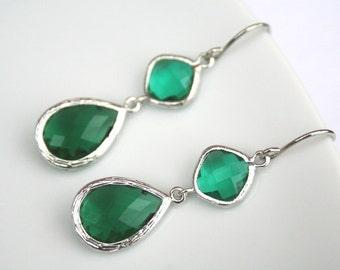 Green Earrings.Silver Green Earrings.Emerald Earrings.Green Earrings.Bridesmaid Earrings.Bridesmaid Jewelry.Wedding Earrings.Bridesmaid Gift