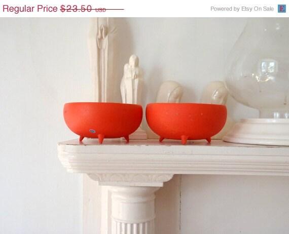 SALE Bowl Set Atomic Vintage Orange Tripod Bowl Set