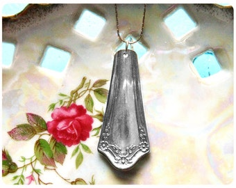 Primrose Spoon Necklace 1915, Vintage, Upcycled, Bridesmaid Gift, Vintage Wedding