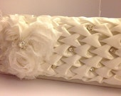 Bridal Clutch Shabby Chic, The ZARA is Elegantly adorned with Flowers, feathers, rhinestones