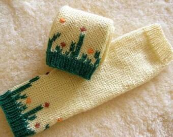 Boho fingerless gloves - Yellow knit fingerless gloves embroidered - Bohemian gloves - handmade gift for her