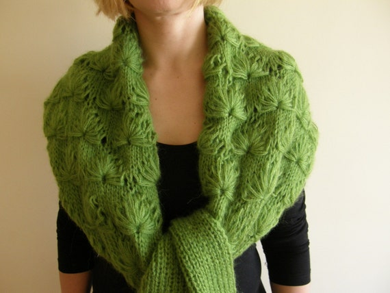 Handknitted scarf long green patterned FREE SHIPPING
