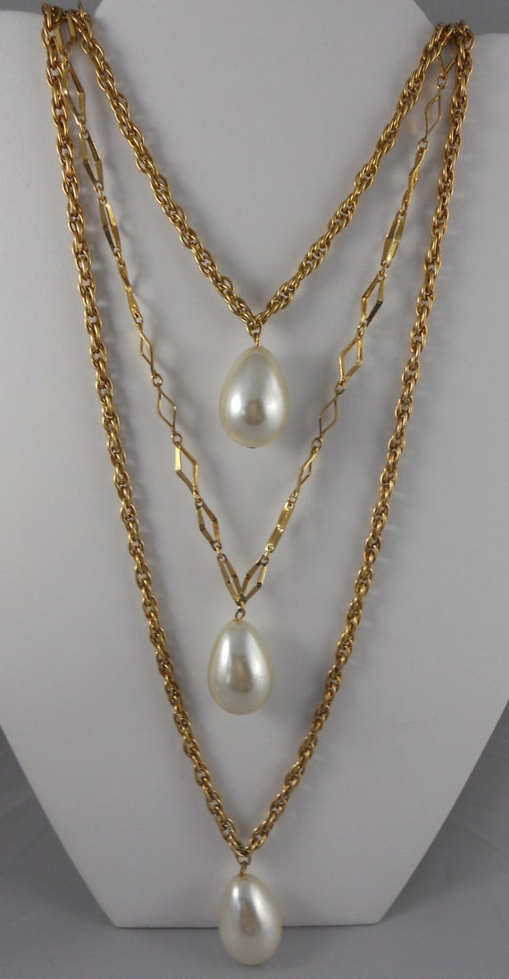 Three String Gold Chain and Pearl Pendant Necklace