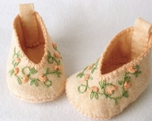 Felt Baby Booties Hand Stitched and Embroidered Peach Floral Vine