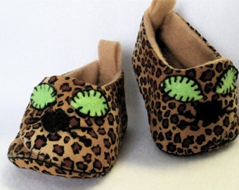 """Baby Shoes, Hand Sewn Preemie Baby Booties, Leopard Print Hand Stitched Cotton,  Newborn  """" Wild Thing """""""