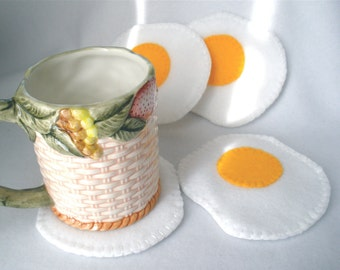 Felt Egg Coaster Set, Fried Egg MugMats, Hostess Gift, Sunny Side Up Set of Four