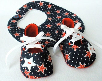 Baby Shoes, Fourth of July, Boys Hand Sewn Booties,  Navy Red and White Stars Booties and Bib,  Hand Stitched Cotton Baby Shoes,  Gift Set