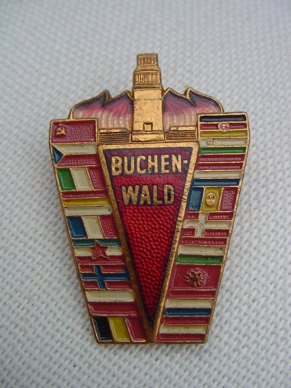 Rare Badge Commemorating the Victims of the Buchenwald German Nazi Concentration Camp - Enamel Old Metal Pin - Badge