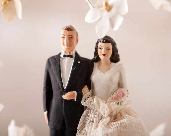 Vintage Wedding Cake Topper - Bride and Groom in Heart of Fabric Flowers