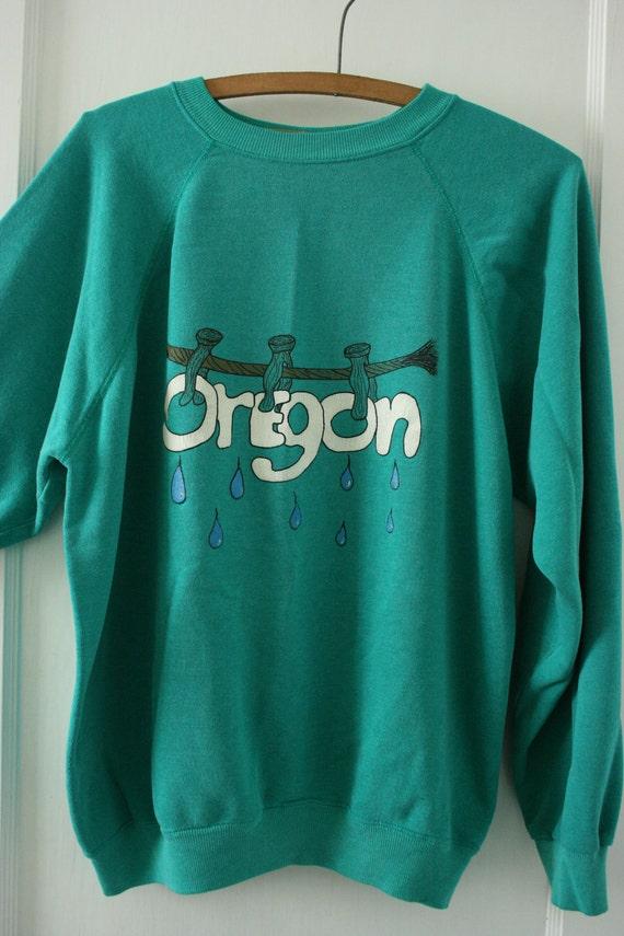Vintage Sweatshirt Green Worn Hand Painted OREGON