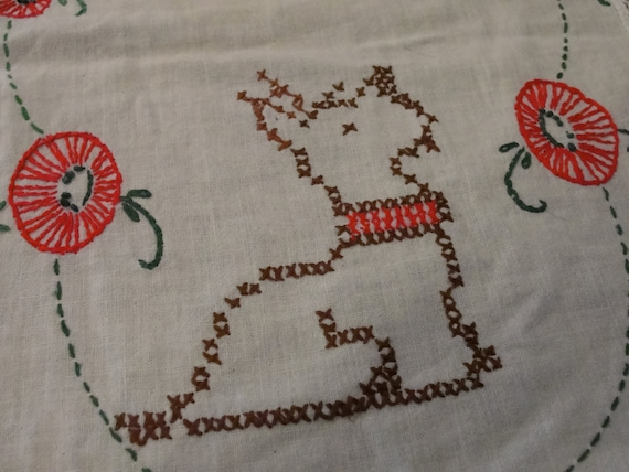 Vintage Dresser Scarf with Hand Embroidered Scotty Dogs