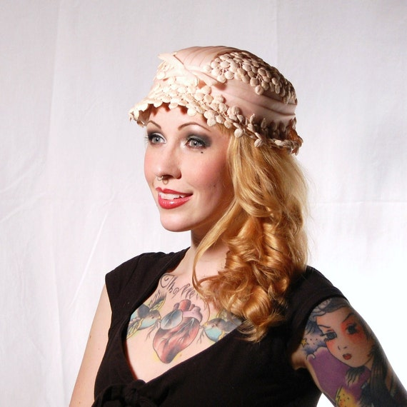 Vintage Pink Berry and Ribbon Applique Hat