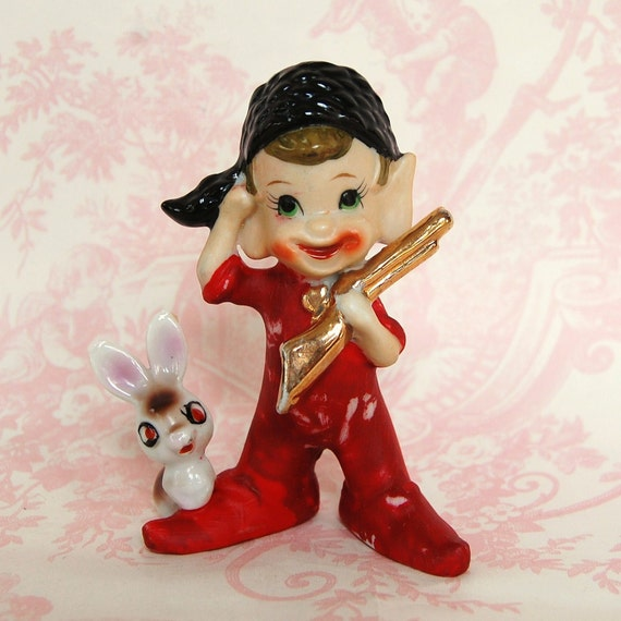 Vintage 1950s Davy Crockett and Bunny Figurine