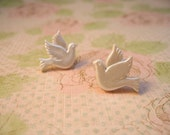 White Dove Earrings, Dove Earrings, Dove Buttons, Bird Earrings, Button Jewelry, Dove Jewelry