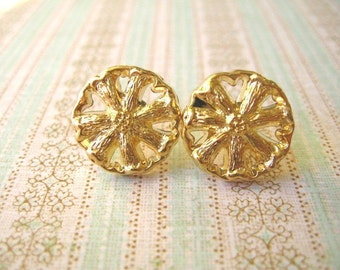 Buttons Jewlery, Buttons Earrings,  White and Gold Color,Buttons Jewelry
