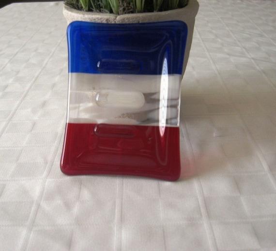 Fourth of july bathroom accessories fourth of july wikii for Red glass bathroom accessories