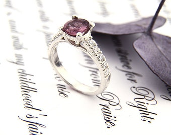 Stunning Natural VVS  Pinkish purple Spinel Solid 14K White Gold Diamond Ring