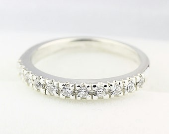 14k White Gold  Natural Diamond Wedding Band Ring