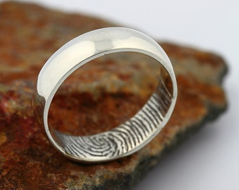 Custom Inner Fingerprint Ring - 14k White Gold Engraving Wedding Band- blackened,5mm